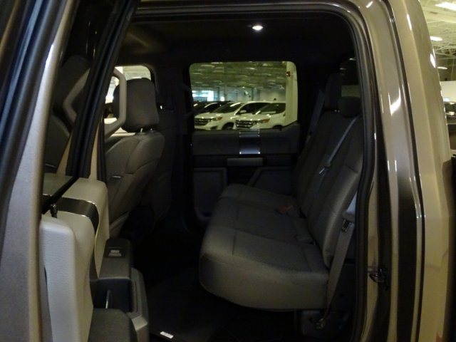2018 F-150 Crew Cab 4x4, Pickup #T889007 - photo 26