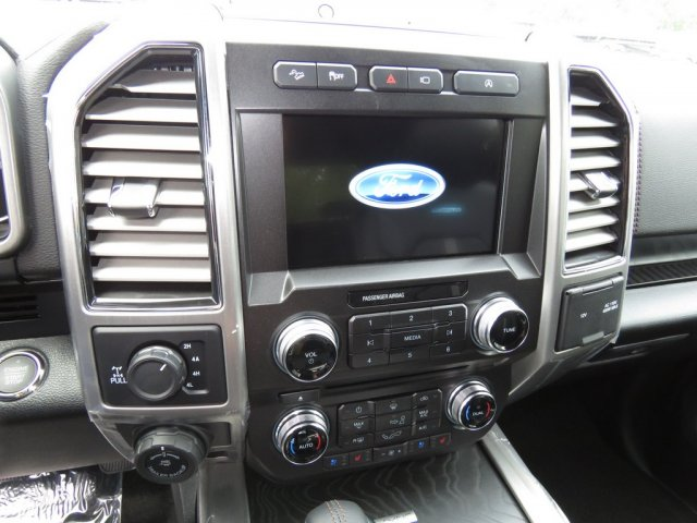 2018 F-150 Crew Cab 4x4 Pickup #T889096 - photo 9