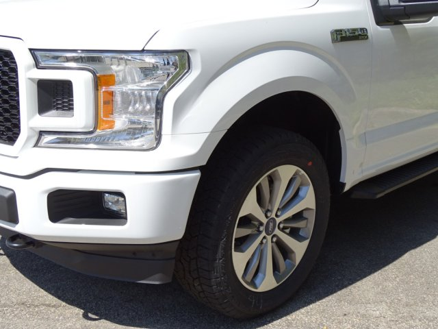 2018 F-150 SuperCrew Cab 4x4, Pickup #T889266 - photo 9