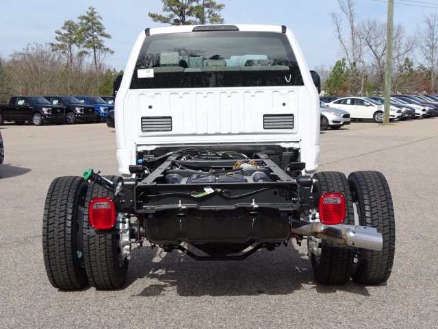 2018 F-450 Crew Cab DRW, Cab Chassis #T889336 - photo 4