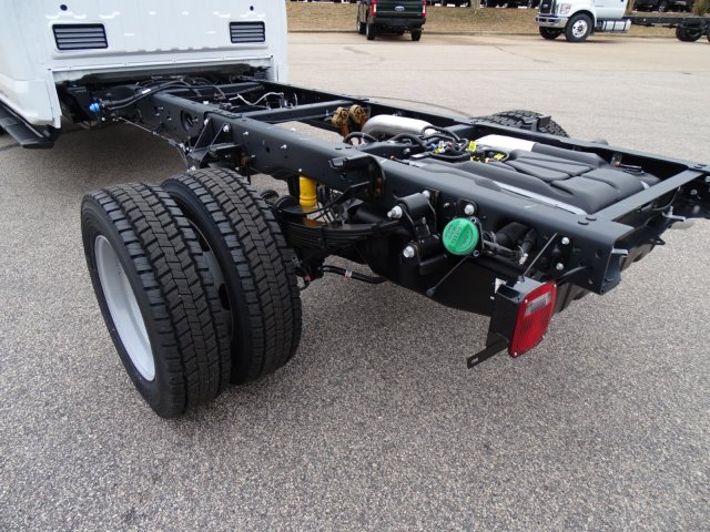 2018 F-450 Crew Cab DRW, PJ's Truck Bodies & Equipment Stake Bed #T889342 - photo 29