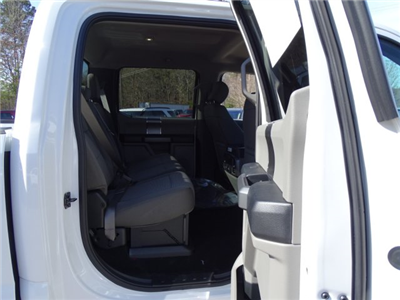 2018 F-250 Crew Cab 4x4,  Pickup #T889351 - photo 33