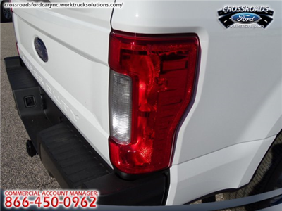 2018 F-350 Regular Cab 4x2,  Pickup #T889352 - photo 12
