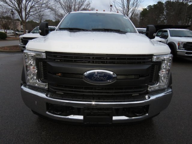 2017 F-550 Crew Cab DRW, Reading Stake Bed #T889382 - photo 5