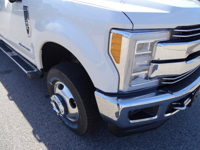 2018 F-350 Crew Cab DRW 4x4,  Pickup #T889433 - photo 45