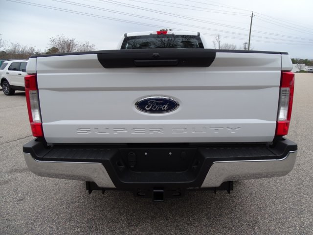 2018 F-250 Crew Cab 4x2,  Pickup #T889443 - photo 4