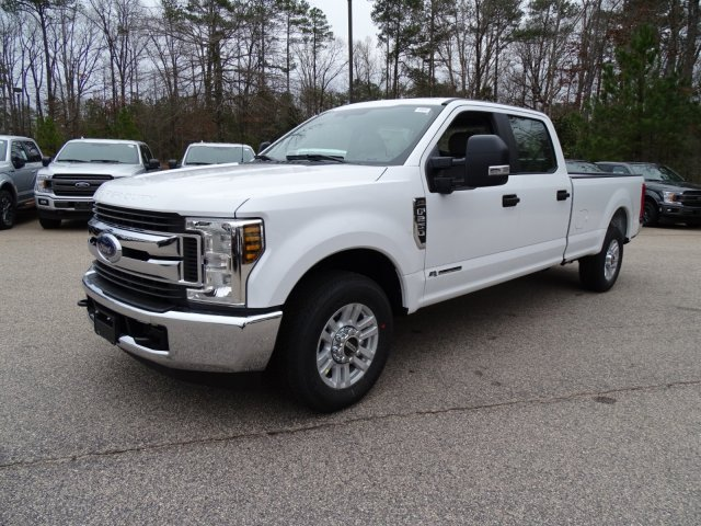 2018 F-250 Crew Cab 4x2,  Pickup #T889443 - photo 7