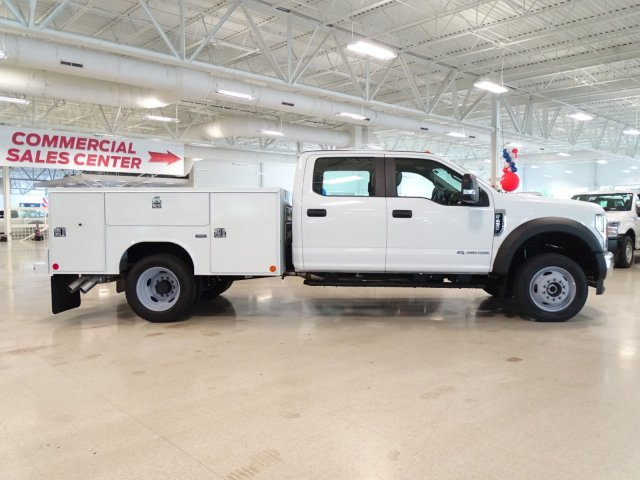 2018 F-450 Crew Cab DRW 4x4,  Reading Service Body #T889758 - photo 3