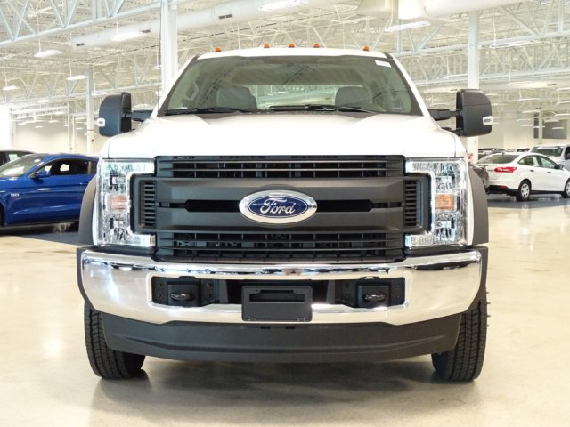 2018 F-450 Crew Cab DRW 4x4,  Reading Service Body #T889758 - photo 9