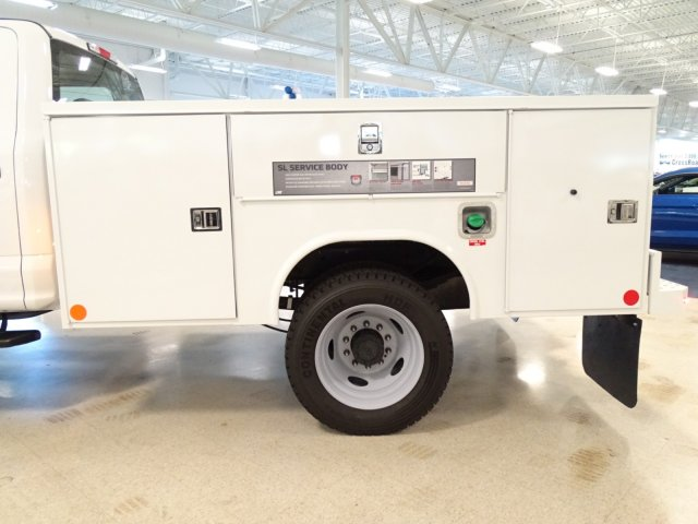 2018 F-450 Crew Cab DRW 4x4,  Reading Service Body #T889758 - photo 37
