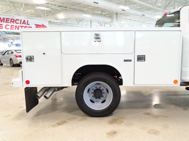 2018 F-450 Crew Cab DRW 4x4,  Reading Service Body #T889758 - photo 41
