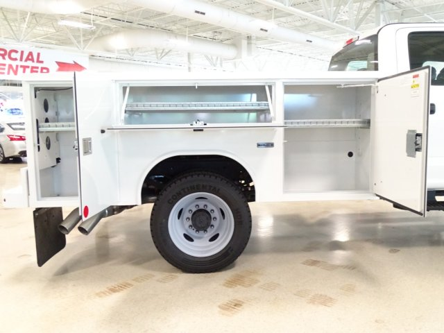 2018 F-450 Crew Cab DRW 4x4,  Reading Service Body #T889758 - photo 42