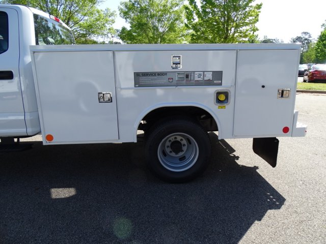 2018 F-350 Crew Cab DRW 4x4,  Reading Service Body #T889759 - photo 35
