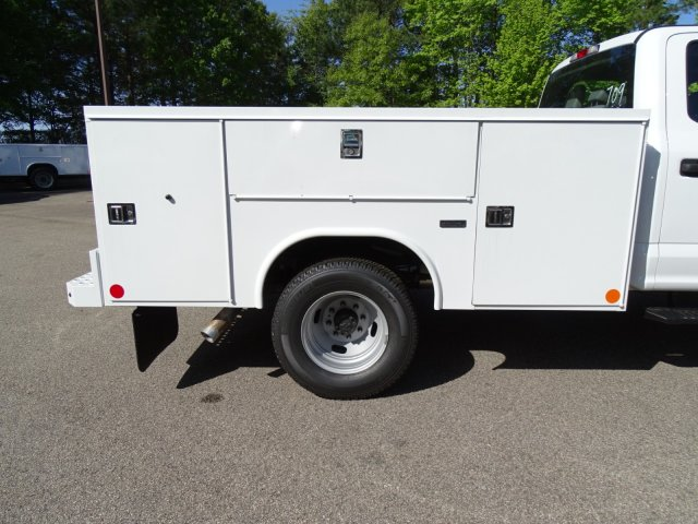2018 F-350 Crew Cab DRW 4x4,  Reading Service Body #T889759 - photo 38