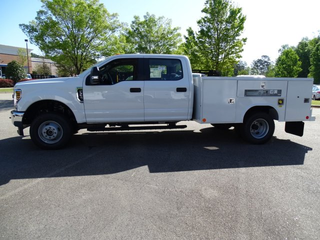 2018 F-350 Crew Cab DRW 4x4,  Reading Service Body #T889759 - photo 8