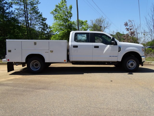 2018 F-350 Crew Cab DRW 4x4,  Reading Service Body #T889782 - photo 3