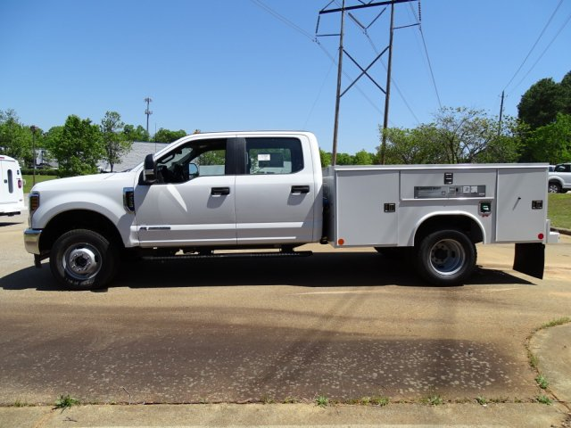 2018 F-350 Crew Cab DRW 4x4,  Reading Service Body #T889782 - photo 8