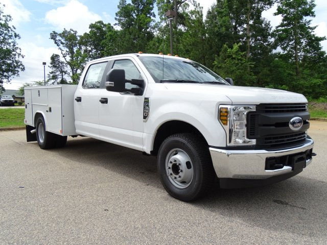 2018 F-350 Crew Cab DRW 4x2,  Service Body #T889791 - photo 3