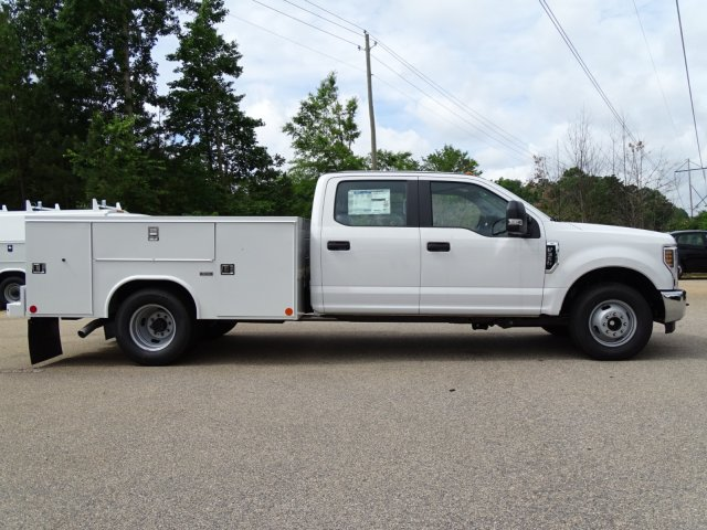 2018 F-350 Crew Cab DRW 4x2,  Service Body #T889791 - photo 5