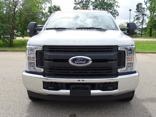 2018 F-350 Crew Cab DRW 4x2,  Service Body #T889791 - photo 8