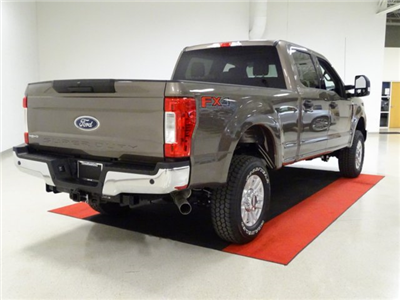 2018 F-250 Crew Cab 4x4,  Pickup #T889806 - photo 5