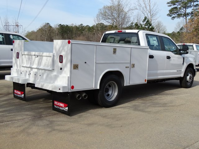 2018 F-350 Crew Cab DRW 4x2,  Reading Service Body #T889851 - photo 5