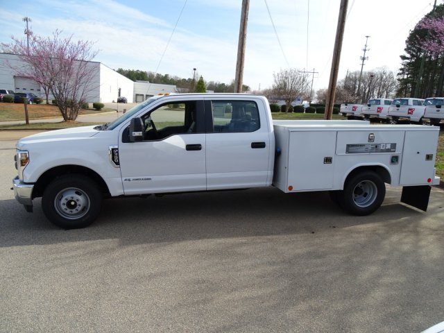2018 F-350 Crew Cab DRW 4x2,  Reading Service Body #T889851 - photo 7