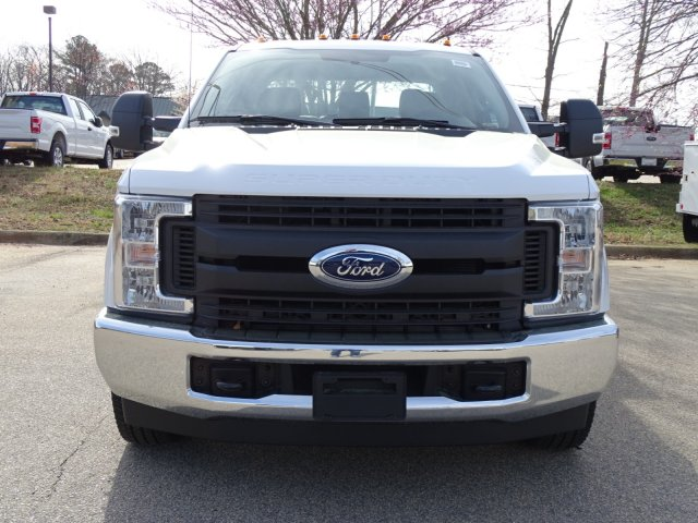 2018 F-350 Crew Cab DRW 4x2,  Reading Service Body #T889851 - photo 8