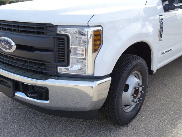 2018 F-350 Crew Cab DRW 4x2,  Reading Service Body #T889851 - photo 9