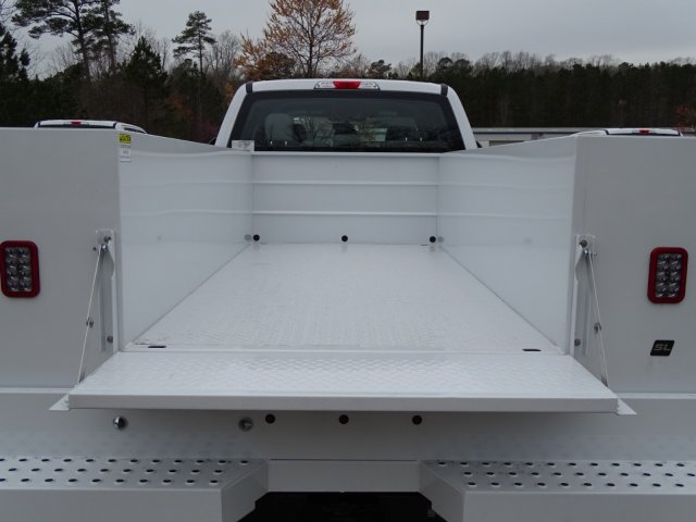 2018 F-350 Crew Cab DRW 4x4,  Reading Service Body #T889853 - photo 34