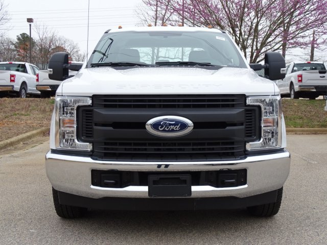2018 F-350 Crew Cab DRW 4x2,  Reading Service Body #T889886 - photo 8