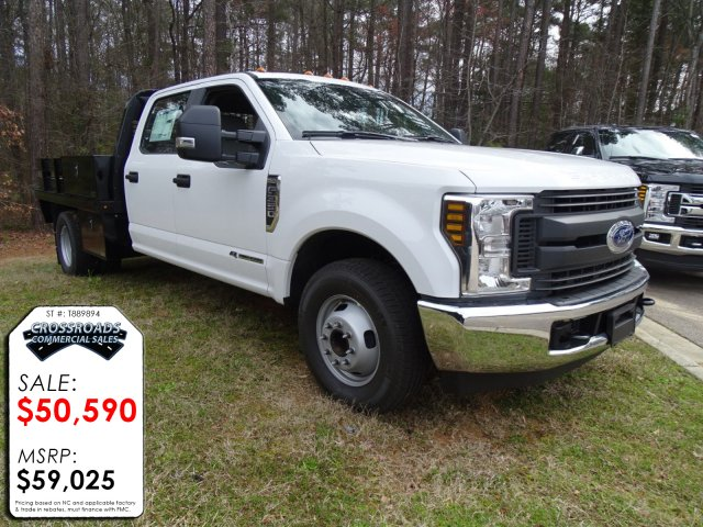 2018 F-350 Crew Cab DRW 4x2,  Knapheide Platform Body #T889894 - photo 3