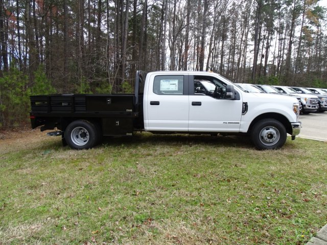 2018 F-350 Crew Cab DRW 4x2,  Knapheide Platform Body #T889894 - photo 4