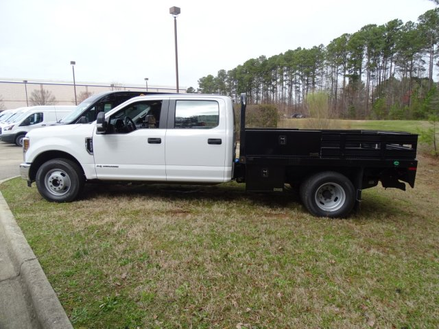 2018 F-350 Crew Cab DRW 4x2,  Knapheide Platform Body #T889894 - photo 8
