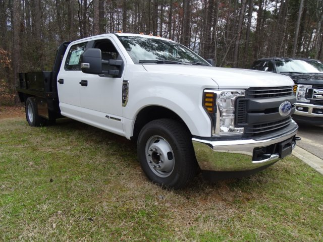 2018 F-350 Crew Cab DRW 4x2,  Knapheide Platform Body #T889894 - photo 44