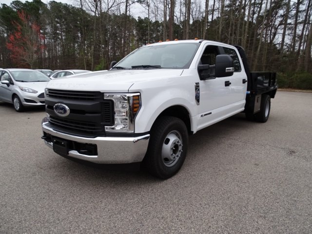 2018 F-350 Crew Cab DRW 4x2,  Knapheide Platform Body #T889895 - photo 3