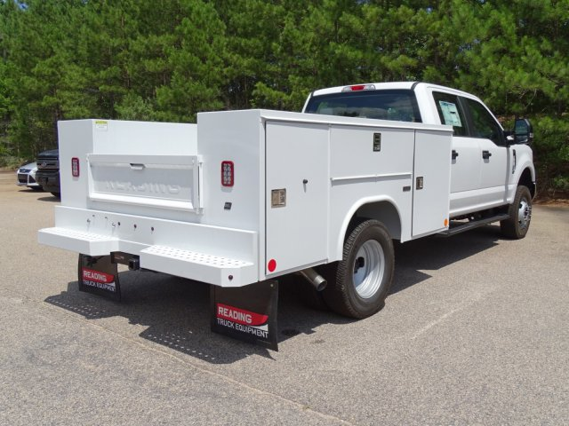 2018 F-350 Crew Cab DRW 4x4,  Reading Service Body #T890056 - photo 5