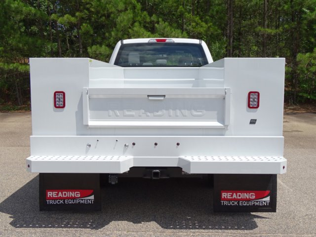 2018 F-350 Crew Cab DRW 4x4,  Reading Service Body #T890056 - photo 6