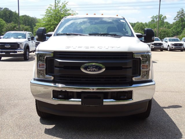 2018 F-350 Crew Cab DRW 4x4,  Reading Service Body #T890056 - photo 8