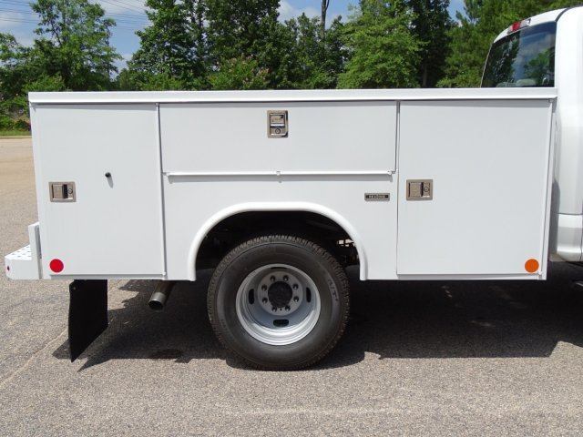 2018 F-350 Crew Cab DRW 4x4,  Reading Service Body #T890056 - photo 38