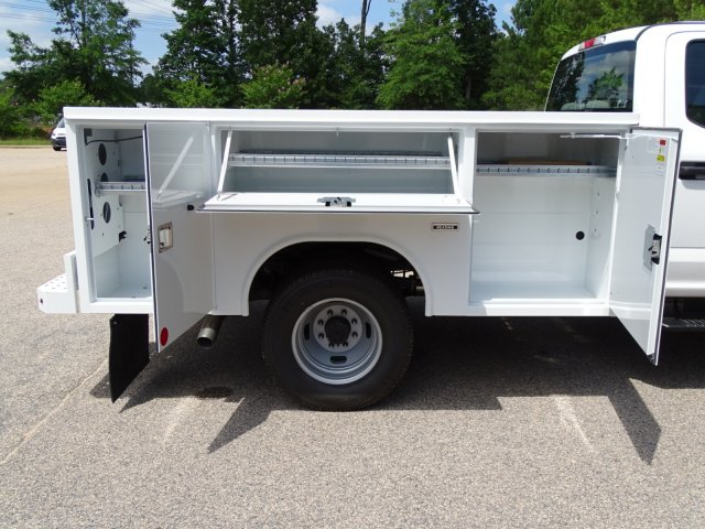 2018 F-350 Crew Cab DRW 4x4,  Reading Service Body #T890056 - photo 39