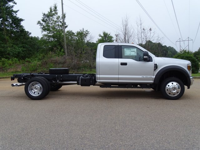 2018 F-550 Super Cab DRW 4x2,  Cab Chassis #T890270 - photo 5