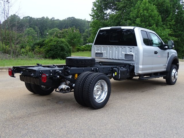 2018 F-550 Super Cab DRW 4x2,  Cab Chassis #T890270 - photo 2
