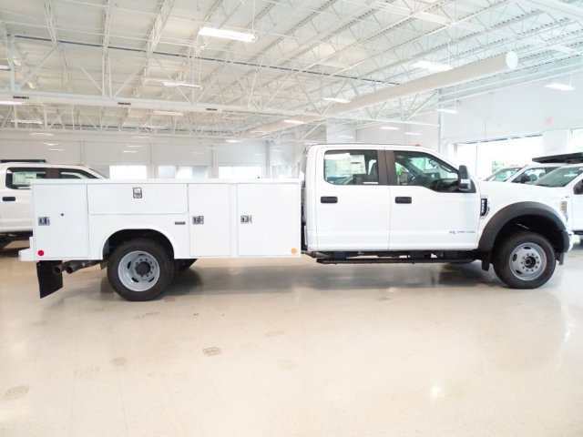 2018 F-550 Crew Cab DRW 4x4,  Reading Service Body #T890322 - photo 4
