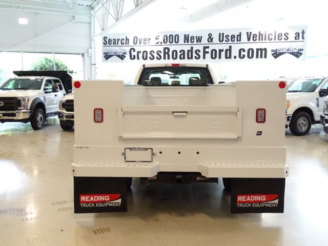 2018 F-550 Crew Cab DRW 4x4,  Reading Service Body #T890322 - photo 6