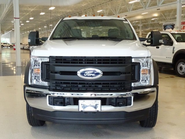 2018 F-550 Crew Cab DRW 4x4,  Reading Service Body #T890322 - photo 8