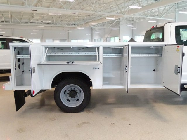2018 F-550 Crew Cab DRW 4x4,  Reading Service Body #T890322 - photo 39