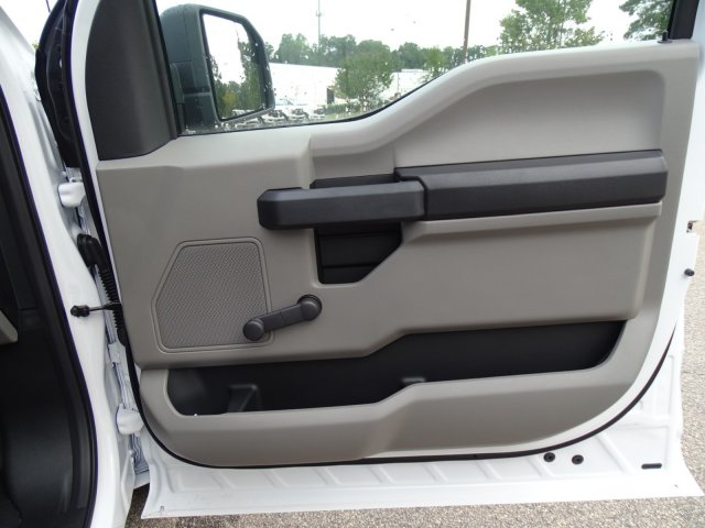 2018 F-150 Regular Cab 4x2,  Pickup #T891044 - photo 34