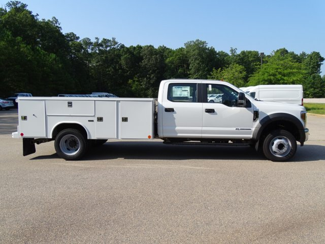 2019 F-550 Crew Cab DRW 4x2,  Reading Service Body #T979021 - photo 6