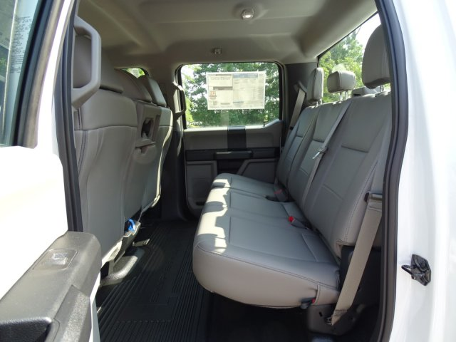 2019 F-550 Crew Cab DRW 4x2,  Reading Service Body #T979021 - photo 30